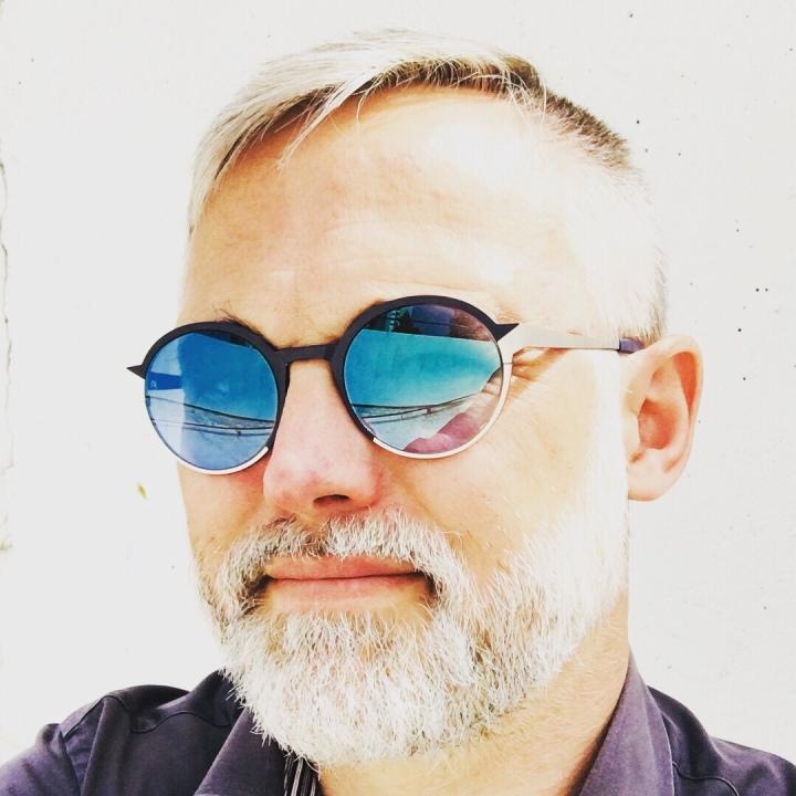 Orbit Falvin Eyewear Optikerinn Rodenstock sky blue mirror